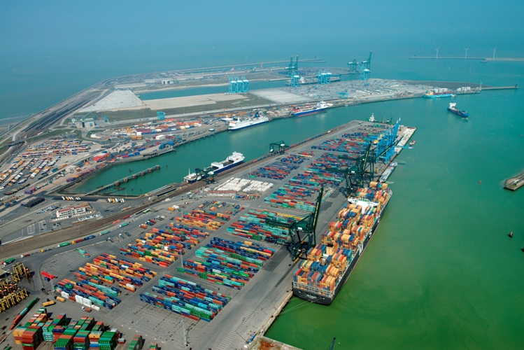 Port of zeebrugge rounds out container infrastructure for Port zeebrugge