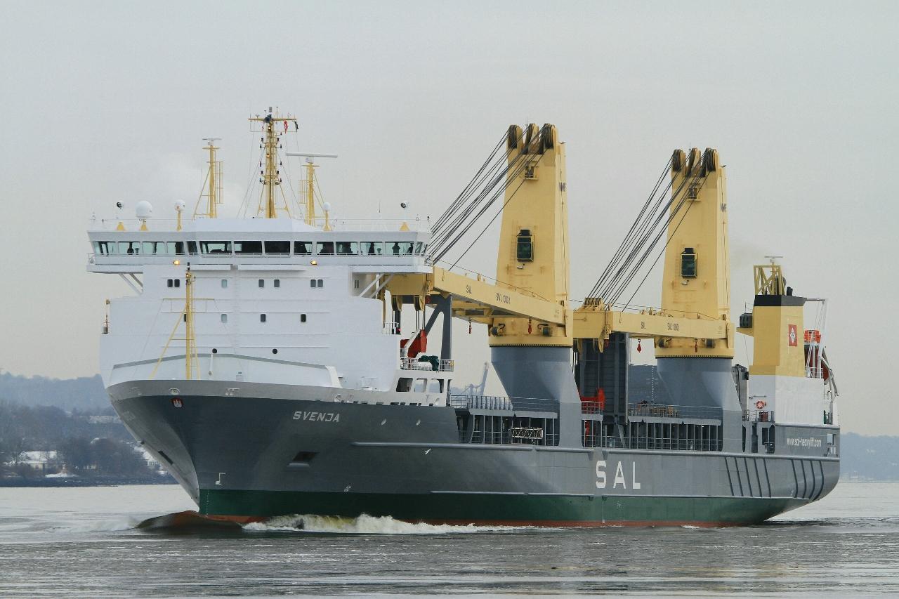 BAM Clough & SAL Heavy Lift sign major contract   Yellow