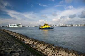 Scheepvaart-port-of-rotterdam
