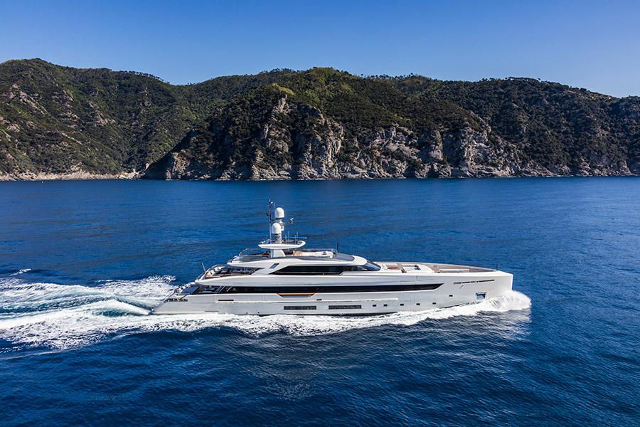 Official Debut Motor Yacht Vertige
