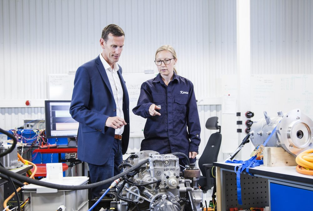 Volvo Penta Sets 2021 Deadline to Introduce Electric Power ...