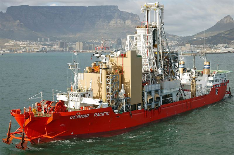Mining vessel Debmar Pacific departuring from Cape Town, outfitted with new Wärtsilä gensets to extend their lifetime and improve reliability