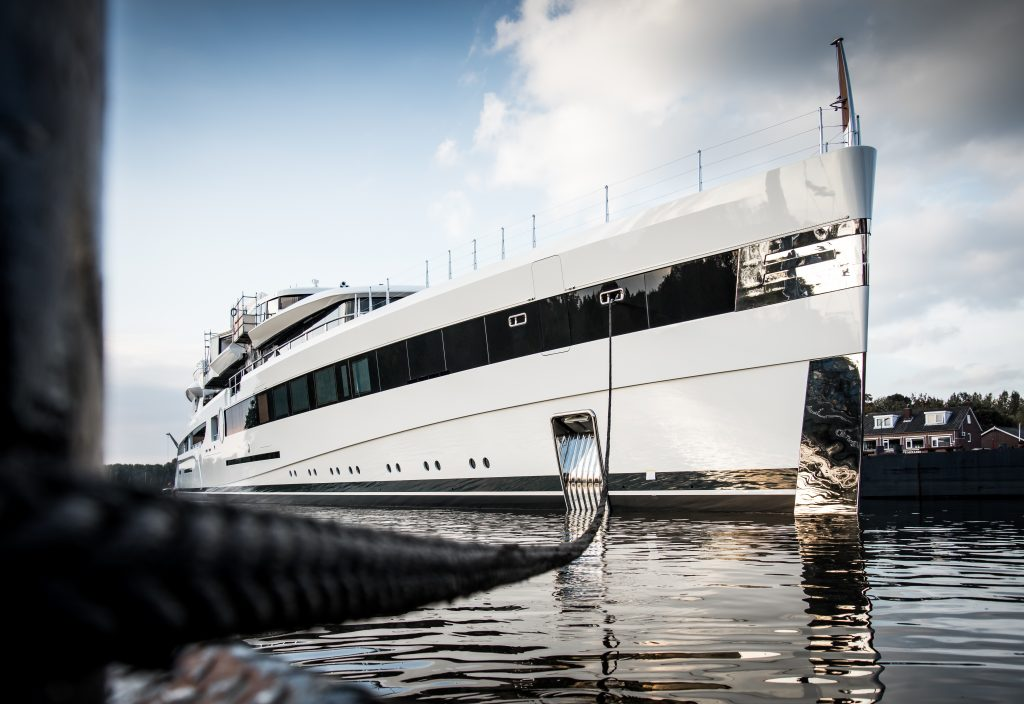Sensational 93-metre Feadship unveiled for first time